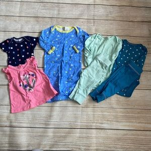 Lot of Baby Girl's Clothes Size 3-6 Months